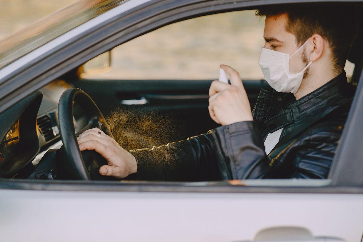 désinfecter voiture